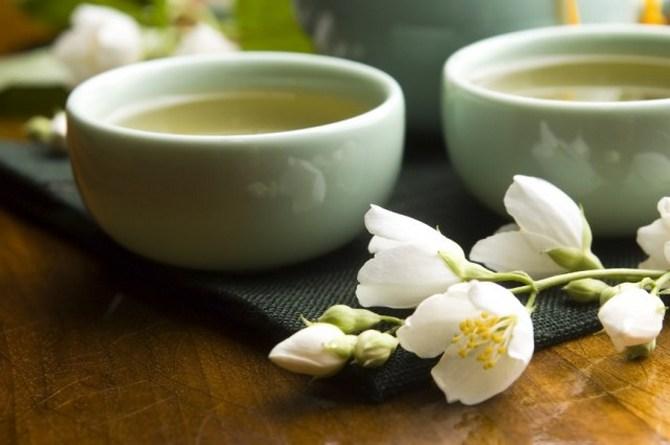 Зеленый чай с жасмином - полезные свойства и противопоказания