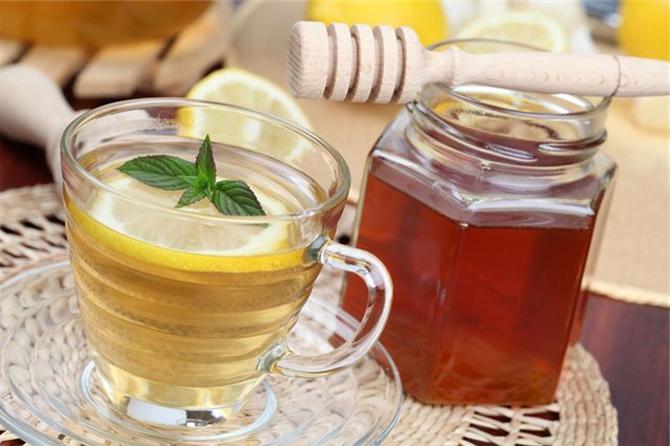чай горячая мята